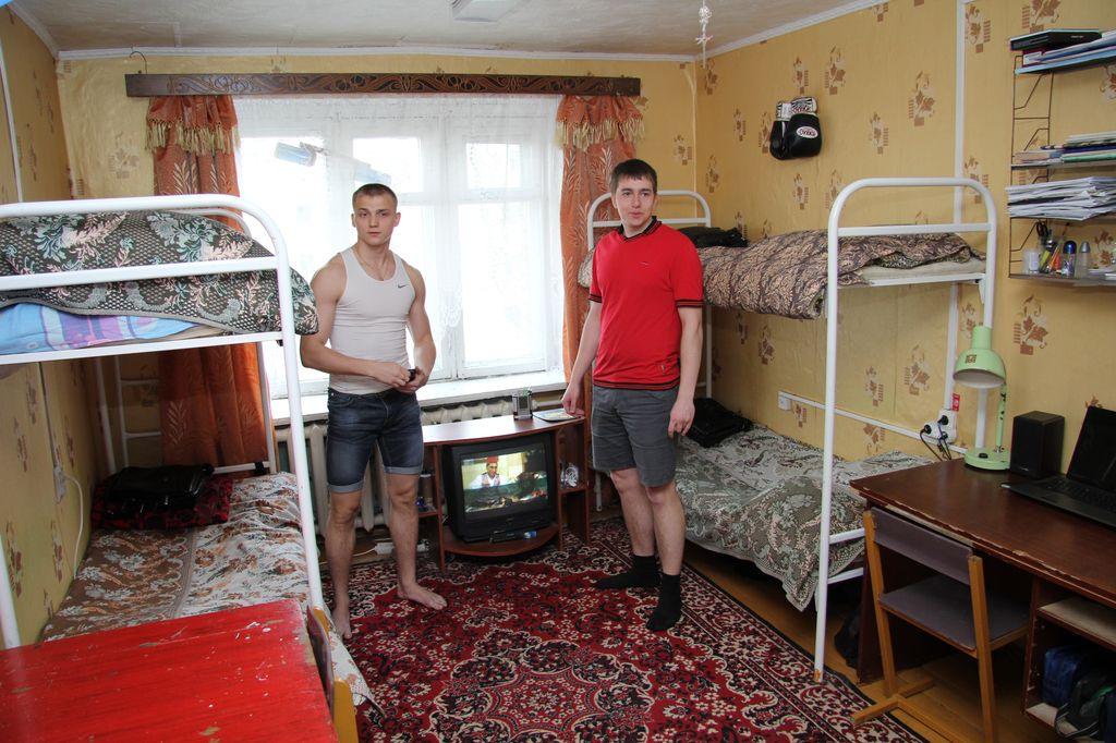 фото общежития двгупс в хабаровске торговал тоже непонятно