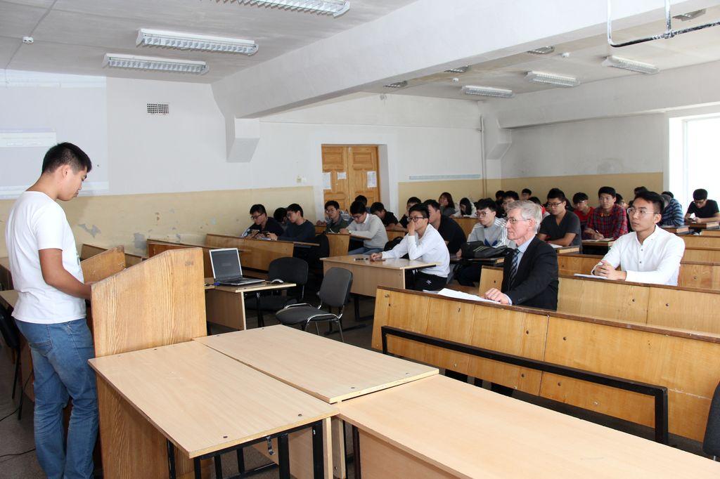 Хабаровск Защита курсовых работ на иностранных языках  Защита курсовых работ на иностранных языках ДВГУПС